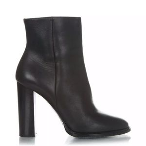 Vince black ankle boots leather block heels 8.5